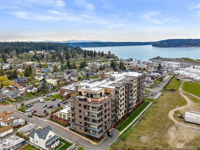 Pierce County Condo/Townhouse For Sale: 5204 N Bennett St #402