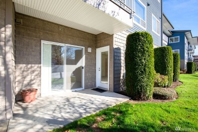 Bellingham Condo/Townhouse Pending: 504 Darby Dr #104