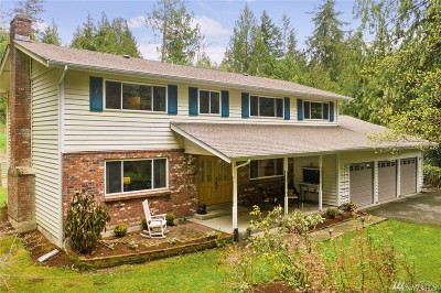Issaquah Single Family Home For Sale: 14110 240th Ave SE