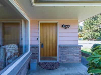 Shoreline Single Family Home For Sale: 1711 N 181st St