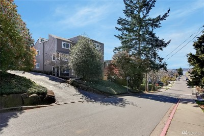 Kirkland Condo/Townhouse For Sale: 337 2nd Ave S #102
