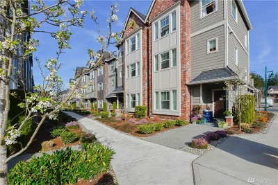 Everett Condo/Townhouse For Sale: 2024 112th Place SE