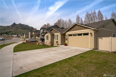 Chelan County Single Family Home For Sale: 656 Craig Ave