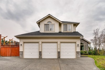 Maple Valley Single Family Home Contingent: 23068 SE 245th Place