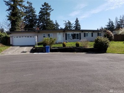 Oak Harbor Single Family Home Pending: 904 NE Meeter Lane