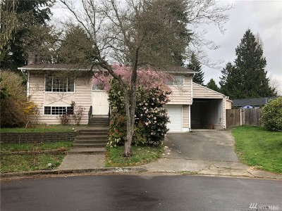 Kirkland Single Family Home For Sale: 10200 NE 140th Place