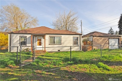 Single Family Home For Sale: 3015 S 68th St