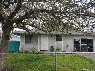 Single Family Home For Sale: 8307 S Sheridan Ave