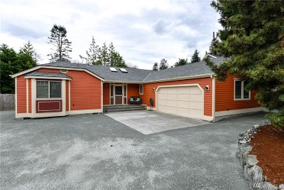 Anacortes Single Family Home Pending: 6156 Parkside St