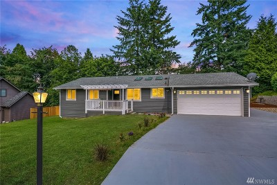 Woodinville Single Family Home For Sale: 19116 136th Ave NE