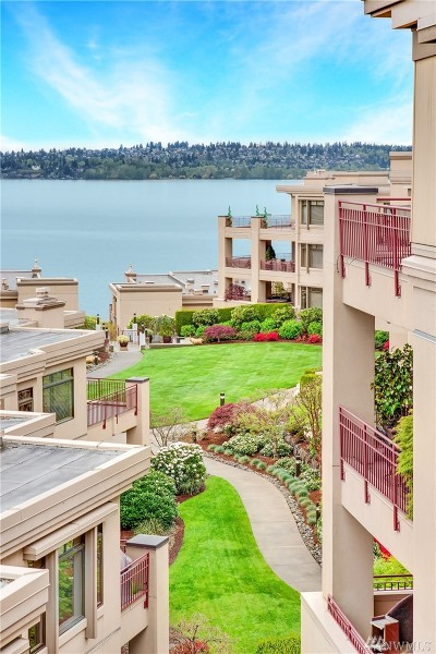 Kirkland Condo/Townhouse For Sale: 219 5th Ave S #F301