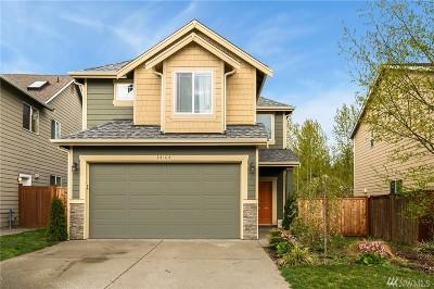 Covington Single Family Home Contingent: 24104 185th Lp SE