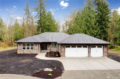 Lake Stevens Single Family Home For Sale: 8121 111th Ave NE