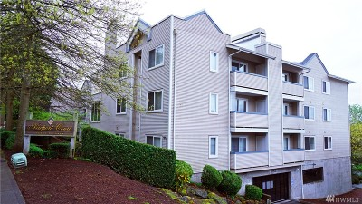 Bellevue Condo/Townhouse For Sale: 12903 SE 38th St #105