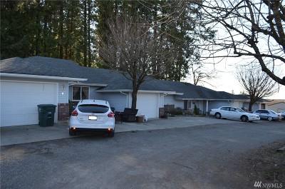 Blaine Multi Family Home Pending Inspection: 1577 D St #B