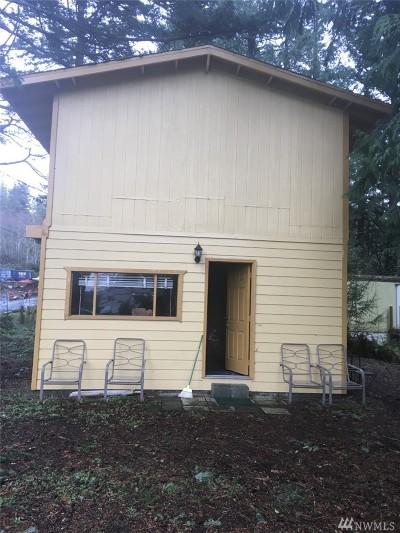 Ferndale Single Family Home Pending: 4115 Neptune Lane
