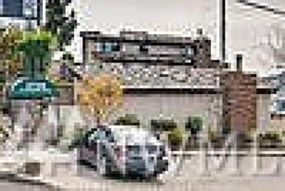 Condo/Townhouse Sold: 2728 Fairview Ave E #304