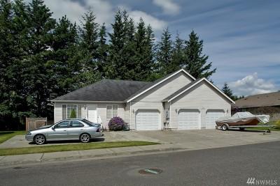 Lynden Multi Family Home Pending Inspection: 215 Vine Ct
