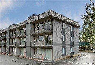 Bothell Condo/Townhouse For Sale: 9517 NE 180th St #B307