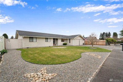 Centralia Single Family Home For Sale: 130 Sunnyside Dr