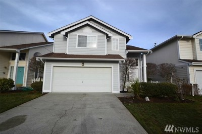 Lakewood Single Family Home For Sale: 5215 79th St W