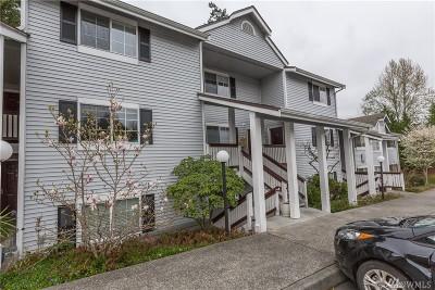 Mountlake Terrace Condo/Townhouse For Sale: 23319 Cedar Wy #K204