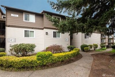 Kirkland Condo/Townhouse For Sale: 12641 NE 130th Wy #C303