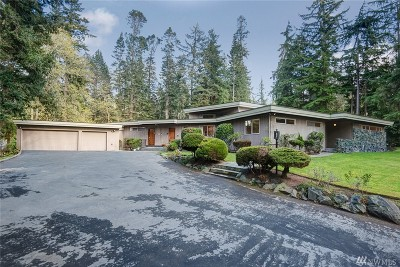 Snohomish County Single Family Home For Sale: 22415 Woodway Park Rd