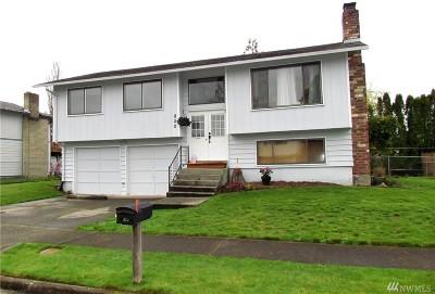 Centralia Single Family Home For Sale: 820 Wayne Dr