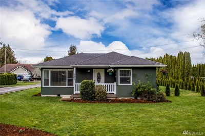 Lynden Single Family Home Pending: 8435 Double Ditch Rd