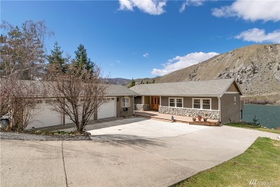Chelan County, Douglas County Single Family Home For Sale: 345 Lakeview Ave