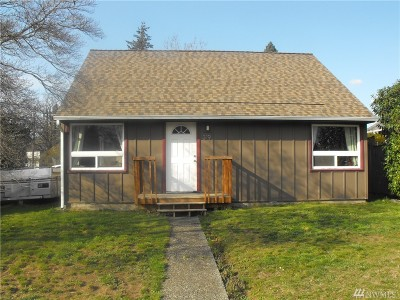 Single Family Home For Sale: 319 S 84th