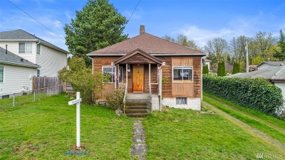 Renton Single Family Home For Sale: 812 High Ave S