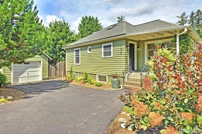 Shoreline Single Family Home For Sale: 1826 NE Serpentine Place
