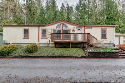 Bellingham Single Family Home Pending Inspection: 4949 Samish Wy #28