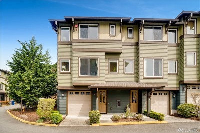 Bothell Condo/Townhouse For Sale: 2115 201st Place SE #C1