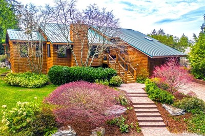 Edmonds Single Family Home For Sale: 18222 Andover St