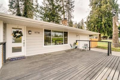 Lynnwood Single Family Home For Sale: 19718 S Danvers Rd