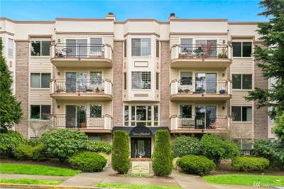 Bellevue Condo/Townhouse For Sale: 200 99th Ave NE #38