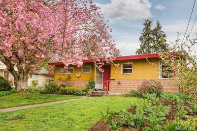 Seattle Single Family Home For Sale: 1906 NE 124th St