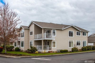 Bellingham Condo/Townhouse Pending Inspection: 5030 Festival Blvd #2A