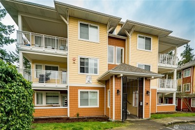 Sammamish Condo/Townhouse For Sale: 503 225th Lane NE #F301