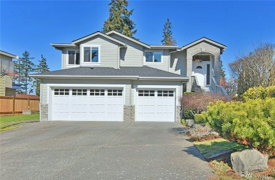 Edmonds Single Family Home For Sale: 923 Pine St