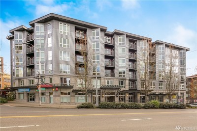 Condo/Townhouse For Sale: 159 Denny Wy #210