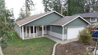 Mason County Single Family Home Pending Inspection: 381 NE Barbara Blvd