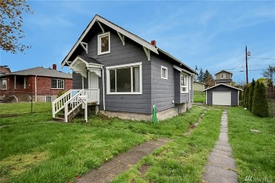 Single Family Home For Sale: 2341 S M St