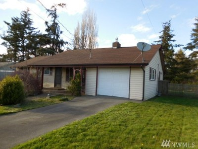 Oak Harbor Single Family Home For Sale: 564 SE 4th St