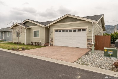 Chelan County Single Family Home For Sale: 563 Village Dr