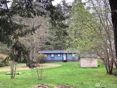 Oak Harbor Single Family Home Pending: 1020 Donald Ave