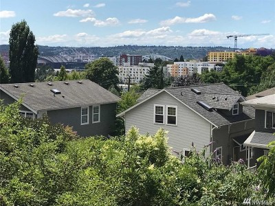 Seattle Single Family Home For Sale: 329 17th Ave